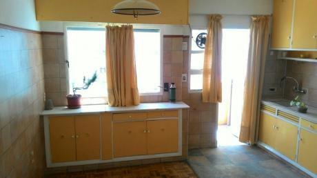 Buen Apartamento De 1 Dormitorio Para Vivienda U Oficina Sobre 18 De Julio