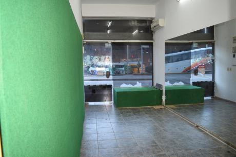 Local Comercial Frente A Terminal XXX