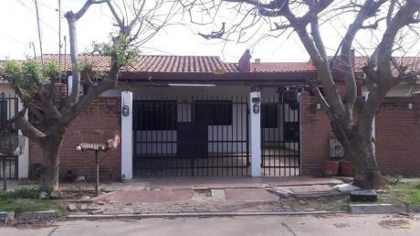Casa De 3d - Zona Virgen De Lujan