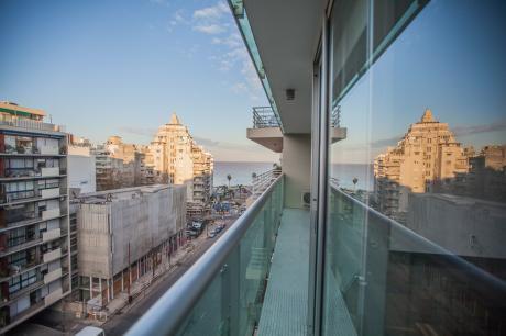 Alquiler Apartamento Pocitos Montevideo 3 Dormitorios, Servicio, Gge. 2 Autos