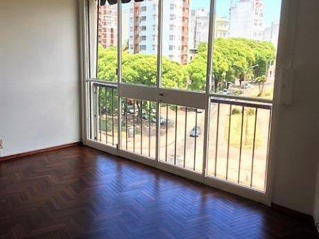 Alquiler 1 Dormitorio Excelente Ubicación Ambientes Amplios