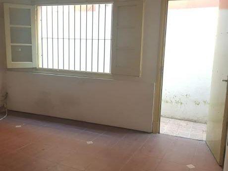 Lindo Apartamento, 1 Dormitorio, Parrillero Y Estufa A Leña