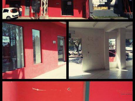 Salones Comerciales Pb Y 1er Piso - Avda. Mcal. Lopez - Fdo.de La Mora