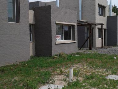 Id 10798 - Duplex A Estrenar Frente Al Mar En Solymar U149524 155.000 Apta Banco