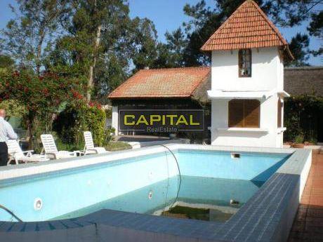 Casa En Golf Punta Del Estev - 6 Dorm. - Ref: 24786