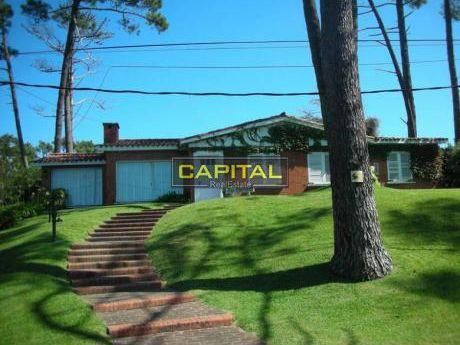 Casa En San Rafael - Punta Del Este -  4 Dorm. Cerca Del Mar - Ref: 25036