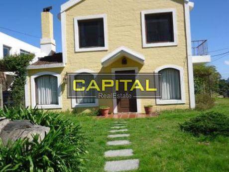 Casa En Alquiler Y Venta En La Barra - Ref: 25640