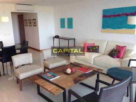 Primera Fila Playa Brava - Moderno Apartamento De 3 Dormitorios
