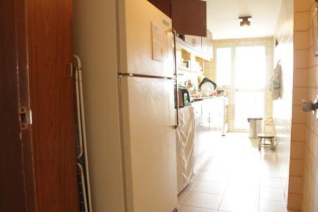 Apartamento Con Vista Al Mar  , 3 Dormitorios - Oportunidad