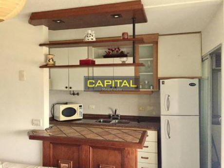 Muy Lindo Y Luminoso Apartamento De 2 Dormitorios En Maldonado!