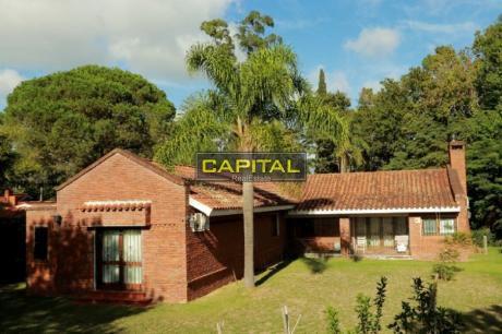 Casa En Alquiler Anual En Cantegril, Punta Del Este