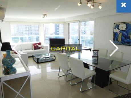 Excelente Apartamento De 3 Dormitorios Con Vista - Casino Tower