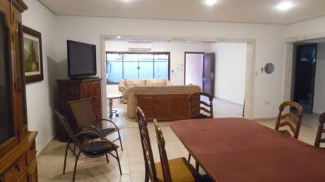 Alquiler De Casa Toda En Planta Baja