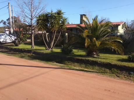 Sur. Chalet Ladrillos Y Tejas 3 Dormitorios, Garaje, Piscina, Apartamento Y Mas