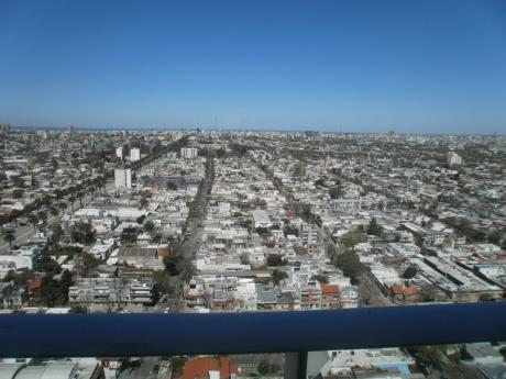 Penthouse A Estrenar!!! Piso 25 Torres Nuevocentro