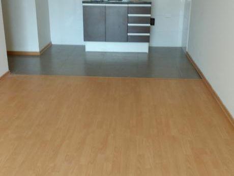 Alquiler Apto 1 Dormitorio En Pocitos Nuevo, Proximo A Mdeo Shopping
