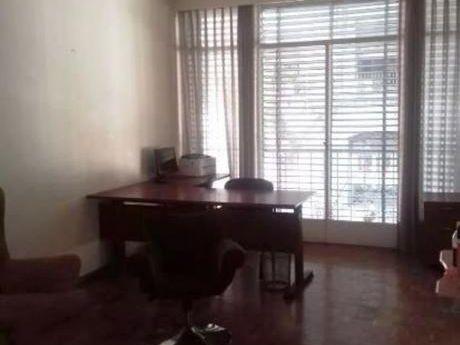 Venta De Apartamento 3 Dormitorios  En Centro , Montevideo