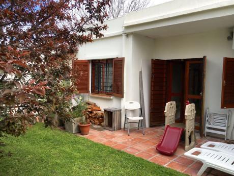 Venta Casa Buceo 2 Dormitorios Con Fondo Y Garaje