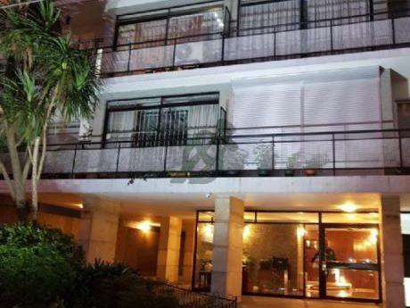 Apartamento De Tres Dormitorios En Alquiler En Punta Carretas