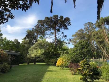 Casa En Una Sola Planta Con 5700 M2 De Terreno