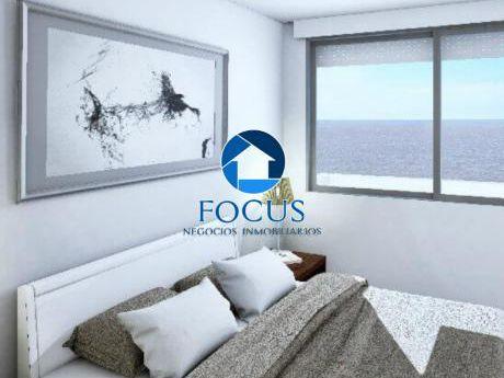Venta Apartamento 3 Dormitorios, 2 Baños - Toda La Unidad Con Vista Al Mar!