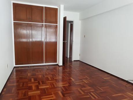 Apartamento Alquiler Pocitos 3 Dormitorios, Patio Y Barbacoa