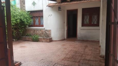 Vendo Casa Dos Dormitorios Padrón único Jardín Y Fondo