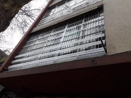 Alquile En Centro 2 Dorm. Con Opcion A Garage