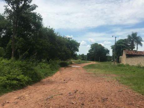 Vendo Terreno En Aregua, A 2 Cuadras De La Ruta Y 4 Cuadras Del Centro