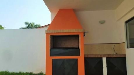 Se Vende Dúplex En Asunción, Barrio Herrera - Zona Municipalidad