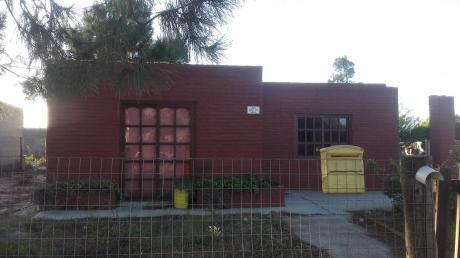 Salinas, Casa Con Apartamento