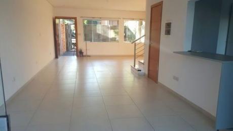Alquilo Duplex Zona Superseis Mburucuya