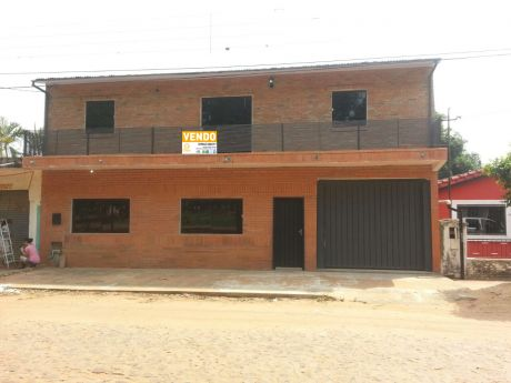 Casa En Cuarto Barrio, Luque.