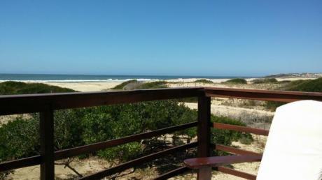 Cabaña Apurafe  Frente Al Mar En Punta Rubia
