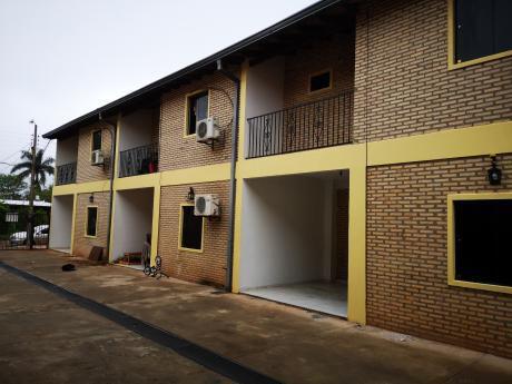 Alquilo Duplex De 3 Dormitorios En Condominio Zona San Miguel De San Lorenzo