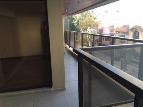 Aapto De 3 Dorm En Suite, Terraza Con Parrillero