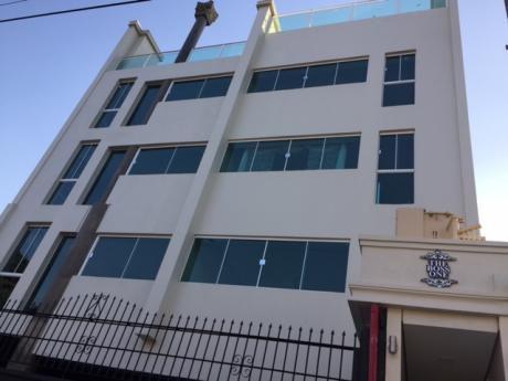 Departamentos En El Bo Mburucuya A Dos Cuadras Y Media De La Av. Stma. Trinidad