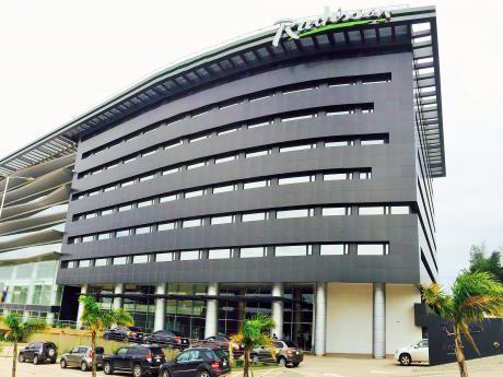 Suite Hotel Radisson - Invertí  Sin Preocupaciones
