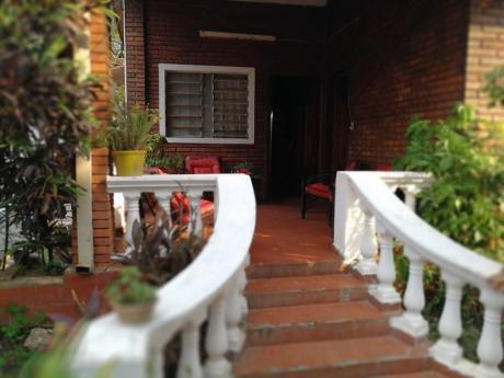 Hermosa Casa En Lambare