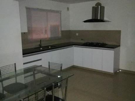 Vendo Casa En El Condominio Las Brisas Kilómetro 8