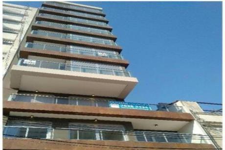 Apartamento En Sarmiento Y Bulevar España