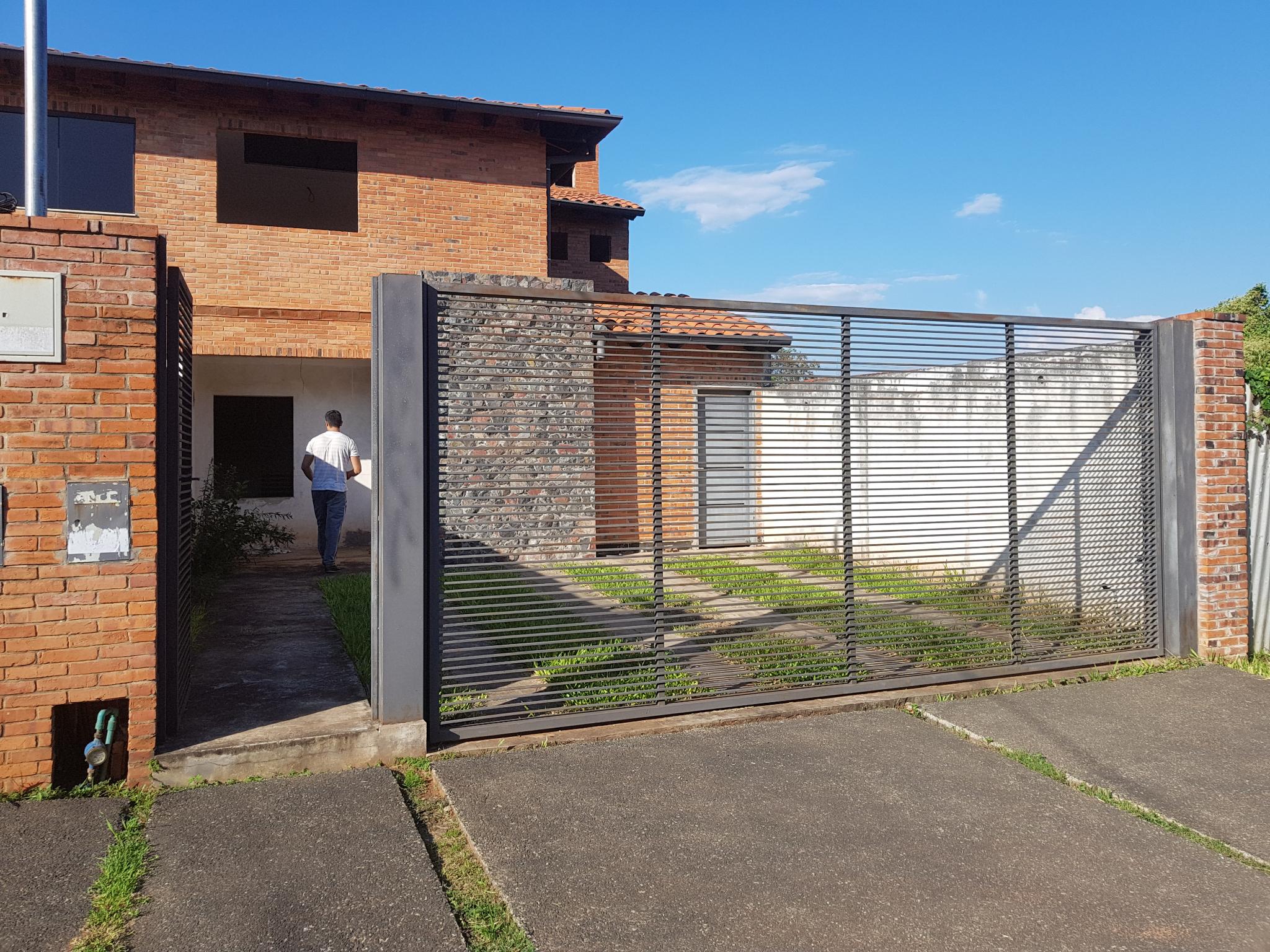 Vendo Duplex A Terminar En Capiata