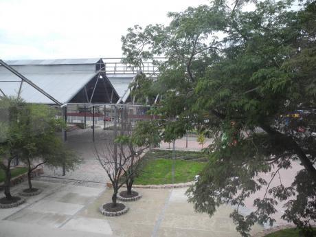 Local Comercial Goes , Gral Flores Esq. D. Aramburu