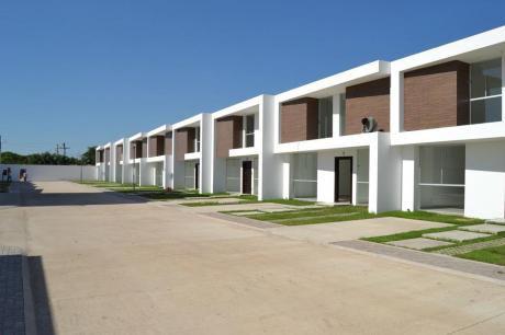 Zona Norte !! Casas En Venta A Estrenar En Condominio Cerrado.