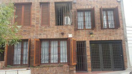 Casa 5 Dor Garaje Parrillero 200 Mtrs