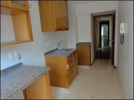 Apartamento De 1 Dormitorio Con 2 Baños En Pocitos
