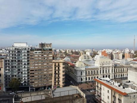 Espectacular Apto  Con Inmejorable Vista A Toda La Ciudad