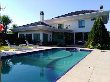 Alquilo Hermosa Casa Amoblada En El Parana Country Club!!