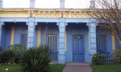 Gran Residencia A Reciclar En Prado