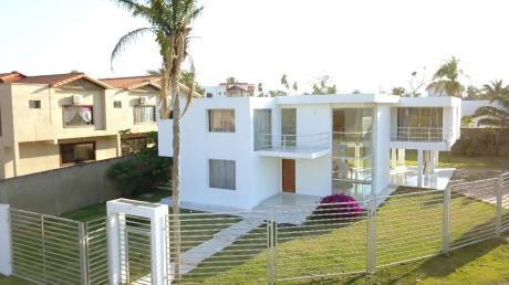 Urubo - Villa Bonita